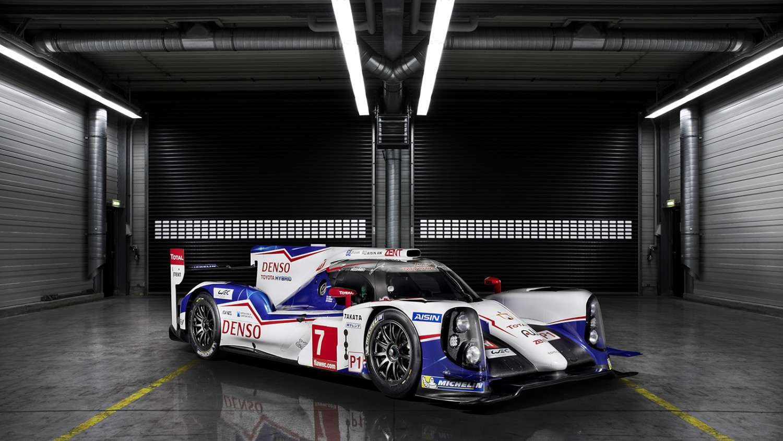 Toyota-motorsport-story-ts040-2014-focus_tcm-2015-128110